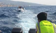 الدفاع المدني: سحب زورق سياحي على متنه 3 أشخاص من البحصة إلى البترون بعد تعطل محركه