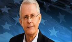 سيناتور أميركي: الأسد وعقيلته يضحيان بأنفسهما من أجل مستقبل آمن لسوريا