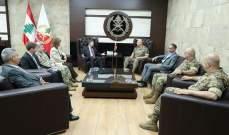 """قائد الجيش عرض مع ساترفيلد للأوضاع العامة والتقى وفدا من """"تاسك فورس فور ليبانون"""""""