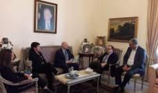 """البزري بحث ومدير شؤون """"الأونروا"""" في لبنان الوضع الصحي في المخيمات"""