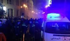 7 سيارات إسعاف للدفاع المدني منتشرة بوسط بيروت وتعمل على نقل الإصابات إلى المستشفيات