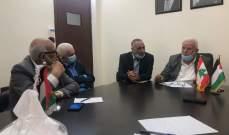 وفد من حركة أمل يجتمع مع منظمة التحرير: للحفاظ على استقرار المخيمات