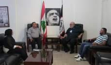 حمدان استقبل وفد لجنة أصدقاء الاسير يحيى سكاف