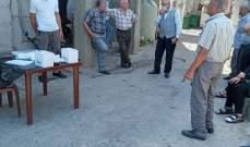 النشرة: فريق من وزارة الصحة أجرى فحوصات لكورونا في مخيم المية ومية