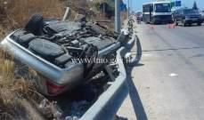 3 جرحى نتيجة انقلاب مركبة على اوتوستراد الجية باتجاه بيروت