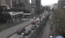 التحكم المروري: حركة مرور كثيفة من جسر الفيات وصولا الى الكرنتينا