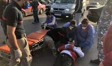 اصابة مواطن بحادث صدم عند مدخل مدينة صور