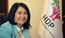 نائبة تركية: الشعب التركي هو من يدفع ثمن السياسات العدائية للحكومة الحالية