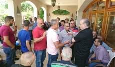 وهاب: لفصل الإدارة والقضاء والأمن عن السياسة وإلا سنبقى في دولة المزرعة