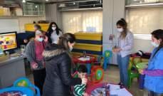 جمعية عدل ورحمة توزع الهدايا والحلوى على أولاد وعائلات السجناء