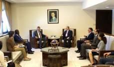 المقداد: الحكومة السورية مستعدة لتقديم كل التسهيلات لقيام الأونروا بمهامها