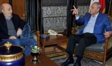 الأنباء:بري وجنبلاط حزما أمرهما لخوض الاشتباك السياسي الدستوري ضد عون والحريري