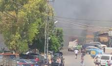النشرة: اندلاع حريق كبير في المدينة الصناعية في النبطية واحتراق عدد من الكميونات والسيارات