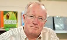 وفاة المراسل والكاتب الأجنبي المخضرم روبرت فيسك