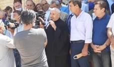 أهالي بلدة القاع نفذوا اعتصاما أمام كنيسة البلدة احتجاجا على الانقطاع المتواصل للمياه