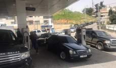 النشرة: محطات المحروقات في زحلة تقفل أبوابها بعد فقدان مادتي البنزين والمازوت