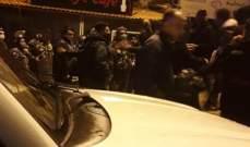 قوى الأمن تغلق مقاهٍ مخالفة لقرار الاقفال في مدينة طرابلس