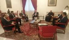 العبسي عرض مع النواب الكاثوليك تفاصيل لقاءات الفاتيكان