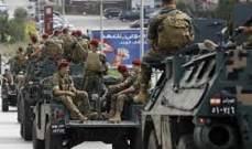 النشرة: تعرض دورية للجيش لاطلاق نار من قبل مطلوبين خلال المداهمات بالشراونة