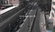 تعطل سيارة على الطريق الممتد من راس النبع باتجاه قصقص