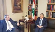 السنيورة التقى السفير البريطاني وعرض معه التطورات الراهنة