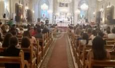 وصول جثمان الضحية يوسف طوق إلى كنيسة السيدة في بشري