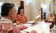 قداديس وصلوات في كنائس صيدا على نية الشفاء من الفيروس