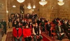 النشرة: إحياء عيد الفصح بقداس أقيم في كنيسة التجلي براشيا الفخار
