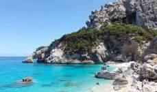 عقوبة غريبة بالسجن 6 سنوات على سرقة رمال من شاطئ ايطالي