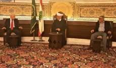 دريان بحث مع وفد الجبهة الديموقراطية في وضع الفلسطينيين في لبنان