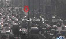 تعطل مركبة على أوتوستراد جل الديب باتجاه الزلقا وحركة المرور كثيفة