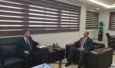 حسن تابع والسفير الصيني التطورات المتعلقة بمكافحة انتشار كورونا
