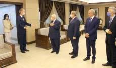 وزير الخارجية السوري يستقبل المبعوث الأممي إلى سوريا