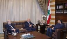 الحريري عرض الأوضاع مع وزراء المال والدفاع والتربية