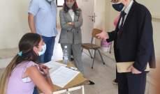 المجذوب والمديرة العامة للمهني تفقدا سير الامتحانات