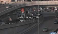 التحكم المروري: تعطل شاحنة على محوّل نهر الموت