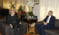 وزير الثقافة عرض والسفير البريطاني التطورات والتعاون الثنائي