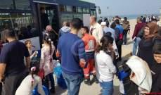 النشرة: النازحون السوريون تجمعوا في ملعب صيدا البلدي تمهيدا للعودة الطوعية