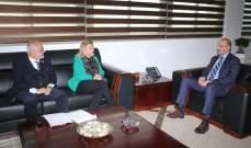 وزير الصحة أشاد بدور الصليب الأحمر في نقل الحالات المشتبه بإصابتها بكورونا