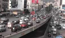 التحكم المروري: تعطل سيارة على جسر الدورة- المسلك الغربي وتتم المعالجة