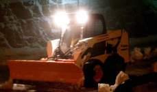 النشرة: جرافات تابعة لدير مار مارون بدأت العمل على ازالة الثلوج من الطريق المؤدي للدير بعنايا