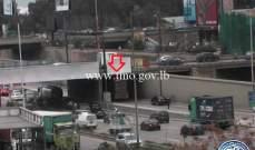 تعطل شاحنة على أوتوستراد إميل لحود أول الطريق البحرية - الكرنتينا