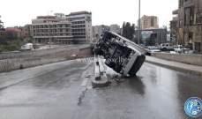 انقلاب بيك اب على طريق عام بحمدون باتجاه بيروت  والاضرار مادية
