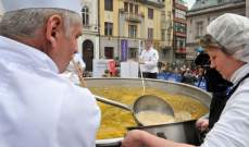 البوسنة تؤكد انها اعدت اكبر كمية من الحساء في العالم