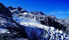 الغارديان: الغطاء الجليدي في الهمالايا قد يخسر ثلث حجمه حتى أواخر هذا القرن