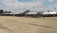 قائد القطاع الشرقي لليونيفيل قلد أوسمة السلام لجنود الكتيبتين الهندية  والكازاخستانية