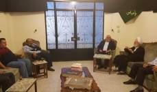 وفد من قيادة حركة امل يزور الشيخ صادق مستنكرا التطاول على قامته