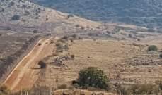 النشرة: قوة اسرائيلية مدعومة بسيارتي هامر تمشّط الطريق العسكري المحاذي للسياج الحدودي