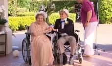 مسنان يتزوّجان على كرسي متحرك بحضور أبنائهما في استراليا
