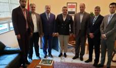 ممثل حماس يزور السفير المصري في لبنان ويبحث معه أوضاع اللاجئين